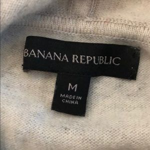 Banana Republic Sweaters - Banana Republic Merino Wool/Cashmere blend hoodie